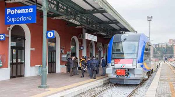 treno_potenza_foggia
